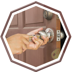 Locksmith Lock Store Miami, FL 305-307-5767